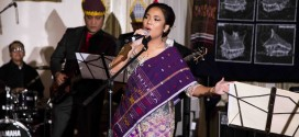 "Donna Sidjabat performs a song, ""Sitogol."""