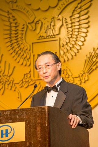 JACL National President David Lin speaks